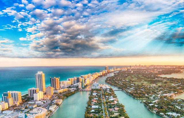 Innovaciones y desarrollos inmobiliarios hoteleros en Miami_abraham cababie daniel