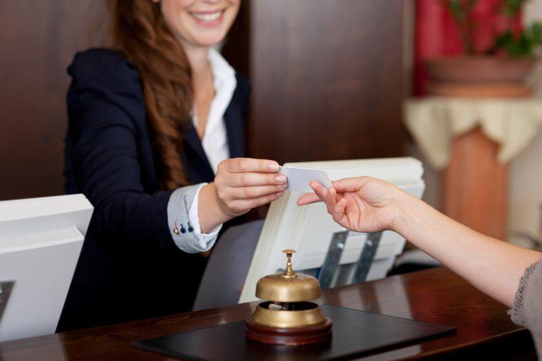 ¿Cómo se califican los hoteles?